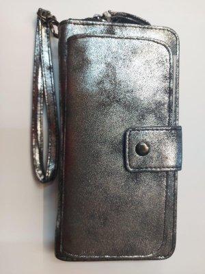 Bags And Wallets - Dames Portemonnee - Met Telefoonvakje - Clutch - Afneembare Polsband - Zwart Metaal - 8 pasjes