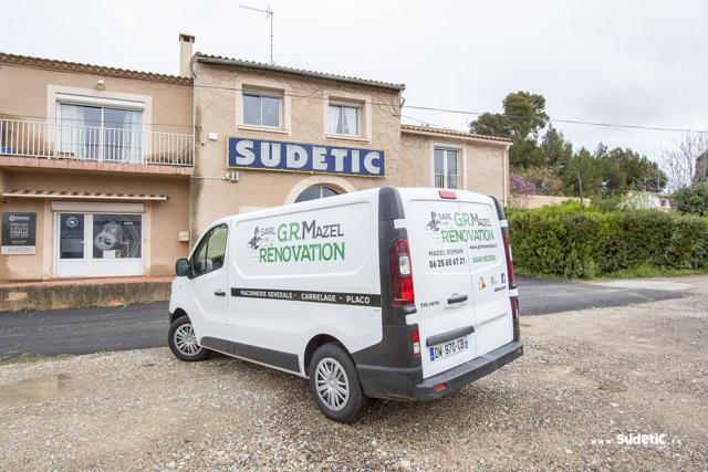 Déco Renault Trafic GR Mazel Rénovation par SUDETIC