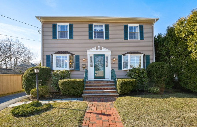 Charming 3BR Swampscott Colonial