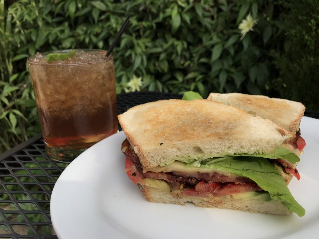 Vagabond on Lombard - Portland BLT Week 2017