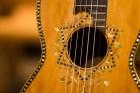 guitar-ornate-cu-m