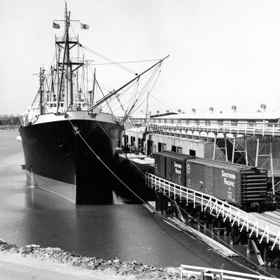 Southern Pacific Railcars alongside ship at the Port of Stockton