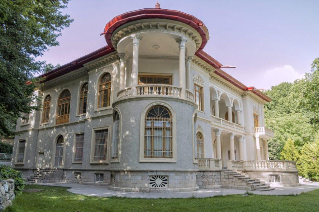 Asadabad Sarayları