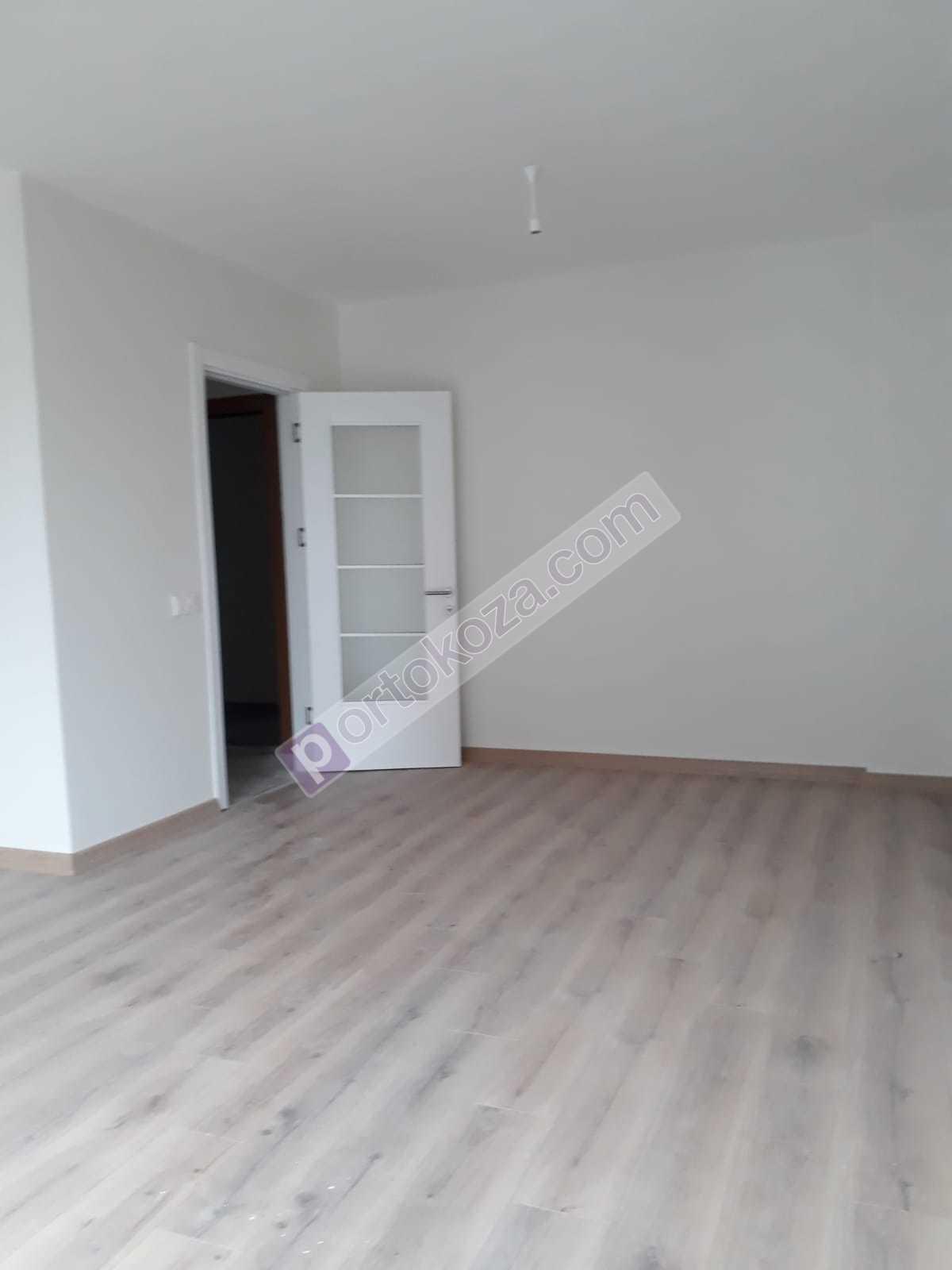 شقة للبيع  غرف 3+2 في جونجوران
