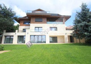فيلا للبيع  مقيم للجنسية التركية غرف 7+2 في بيكوز ، حي باشا بهشة