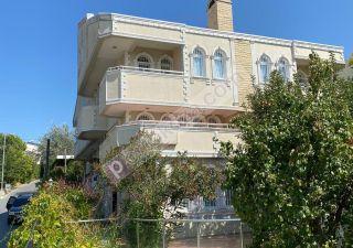 فيلا للبيع  على البحر غرف 7+2 في بيليك دوزو ، حي عدنان قهوجي