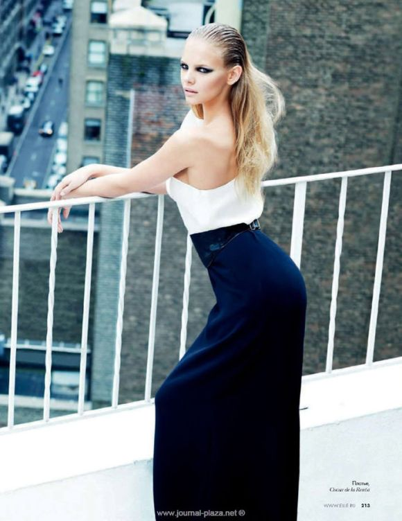 """Marloes Horst photographed by Erez Sabag in """"Крыша мира"""" for Elle Russia, February 2010 7"""