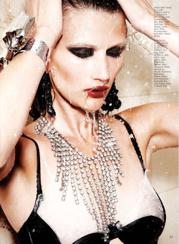"""Tara Gill photographed by Max Abadian in """"All That Glitters"""" for Flare, February 2010 2"""