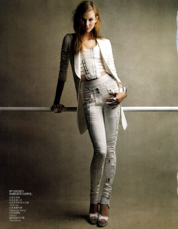 """Karlie Kloss photographed by Patrick Demarchelier in """"Perfect Sport"""" for Vogue China, February 2010 8"""
