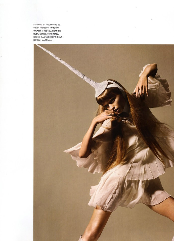 """Abbey Lee Kershaw photographed by Miguel Reveriego in """"Oiseau Rare"""" for Numéro #109 4"""