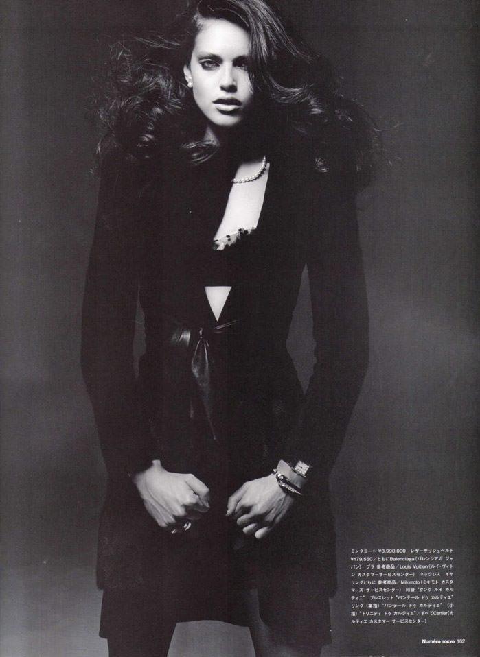 "Emily Didonato photographed by Satoshi Saikusa in ""Dazzling Noir"" for Numéro Tokyo, February 2010 3"