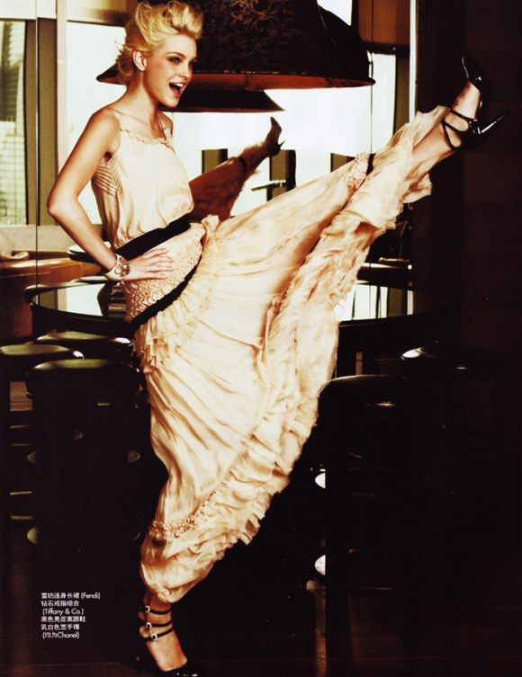 Jessica Stam photographed by Mei Yuan Gui for Elle China, February 2010 3