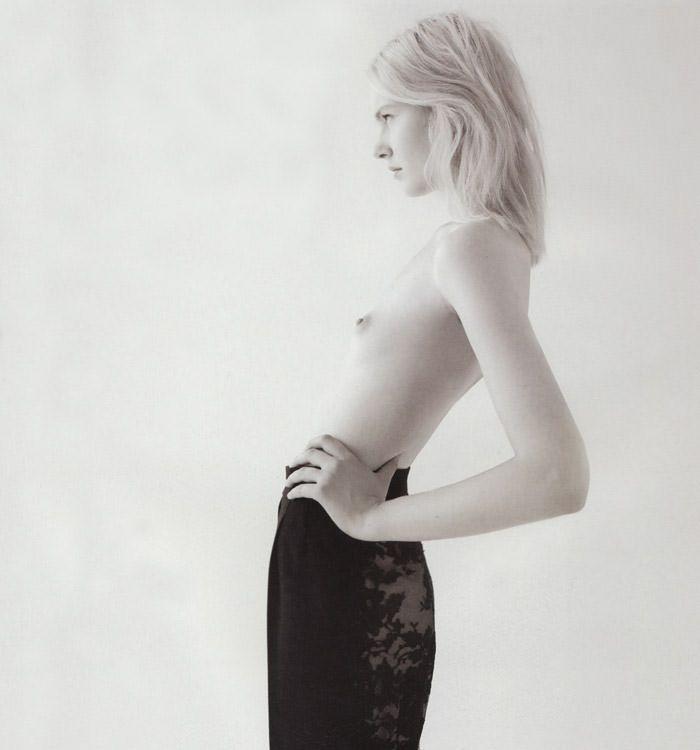 """Anastasija Kondratjeva photographed by Barnaby Roper in """"Star Child"""" for S Magazine #10 1"""