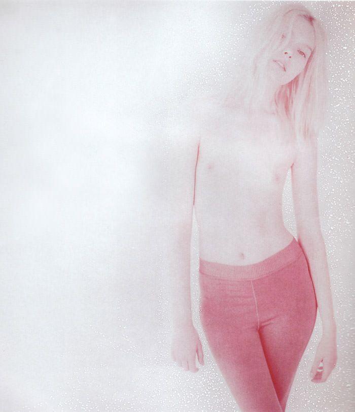 """Anastasija Kondratjeva photographed by Barnaby Roper in """"Star Child"""" for S Magazine #10 6"""