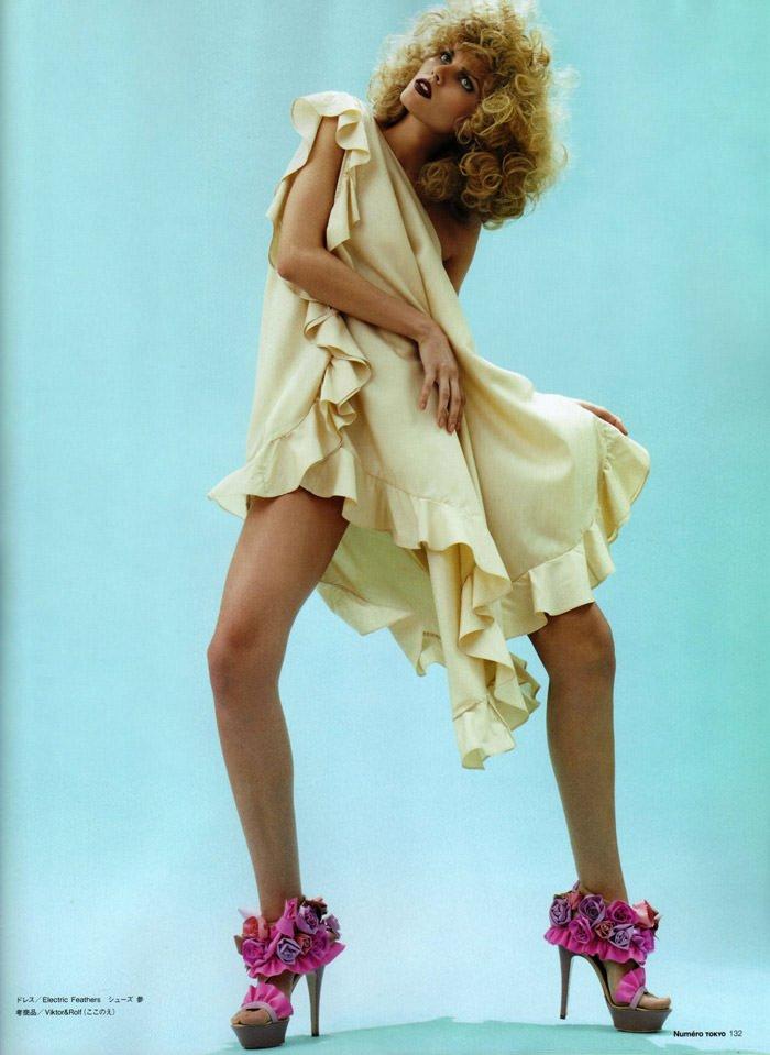 Maryna Linchuk photographed by David Vasiljevic for Numéro Tokyo #34, March 2010 5
