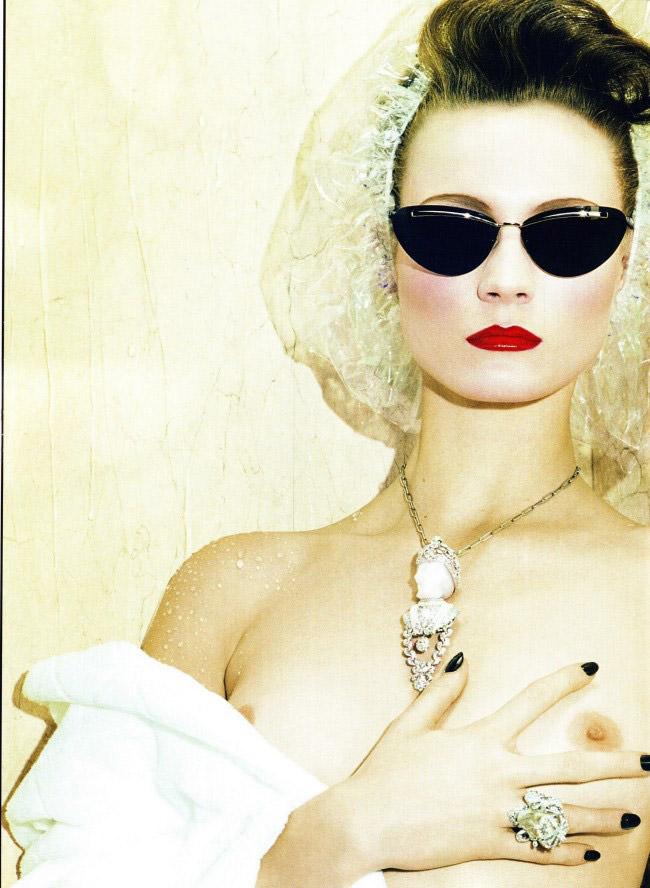 Charlotte Di Calypso photographed by Miles Aldridge for Vogue Italia, February 2010 2
