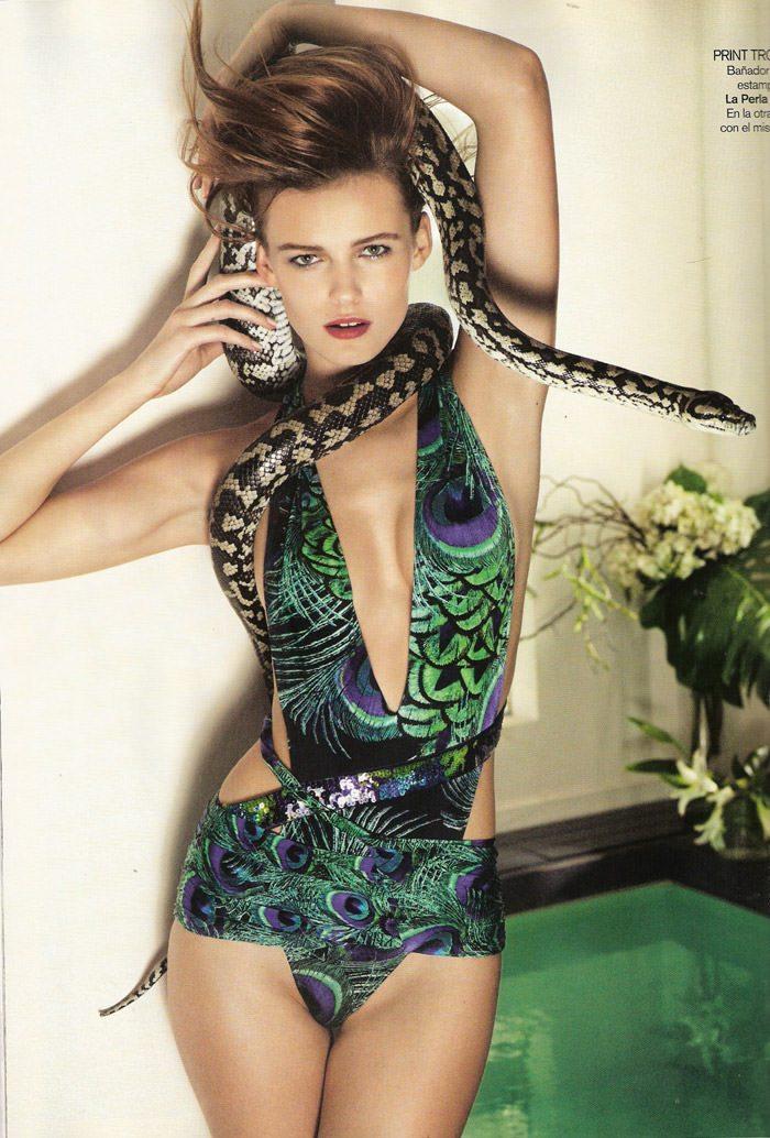 "Edita Vilkeviciute photographed by David Vasiljevic in ""Surf Urbano"" for Vogue España, April 2010 7"