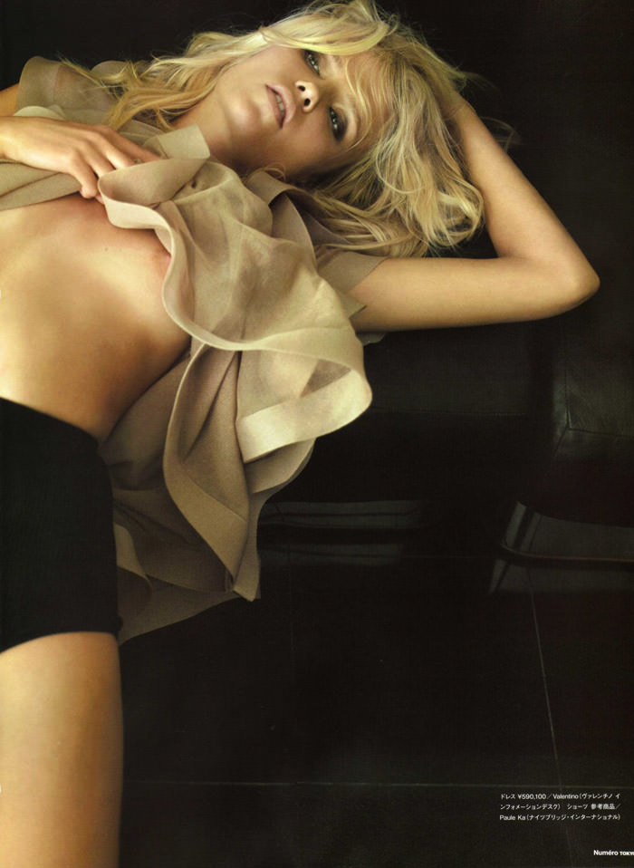 Natasha Poly photographed by Alex Cayley for Numéro Tokyo #35, March 2010 4