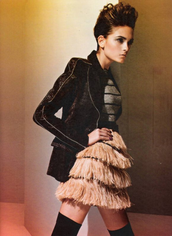 """Tayane Leão Melo photographed by Sacha Höchstetter in """"Ombro Em Evidência"""" for Maire Claire Brasil, March 2010 5"""