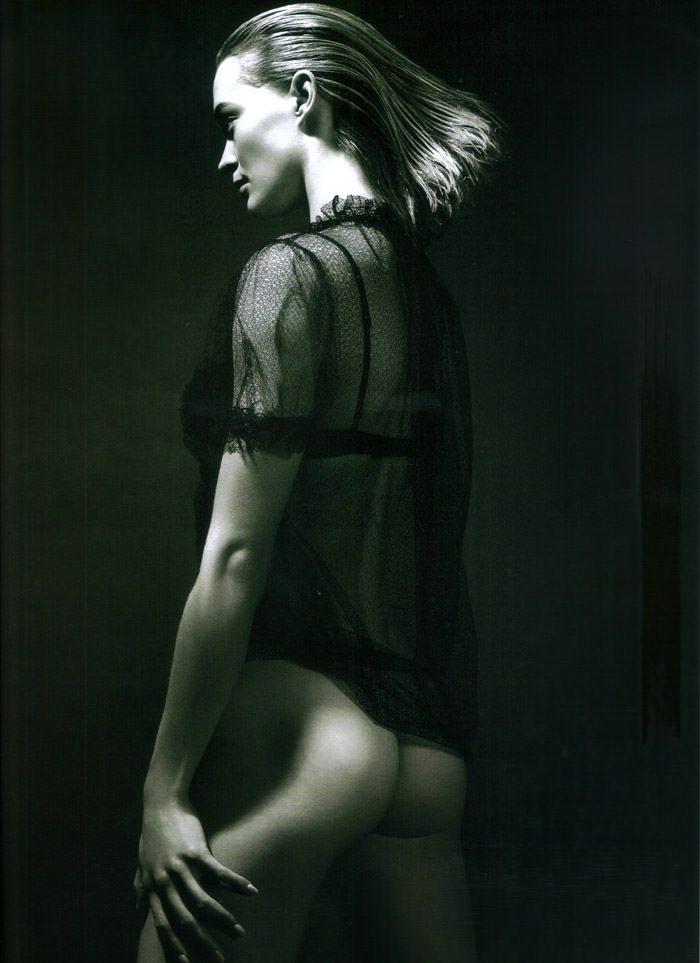 "Heidi Harrington Johnson photographed by Cuneyt Akeroglu in ""Lick Your Tongue"" for Wonderland Magazine, May 2010 7"