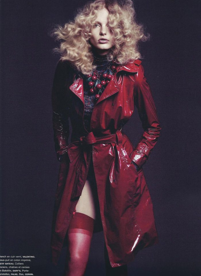 """Patricia Van Der Vliet photographed by Lachlan Bailey in """"Daydream"""" for Numéro #114, June / July 2010 3"""