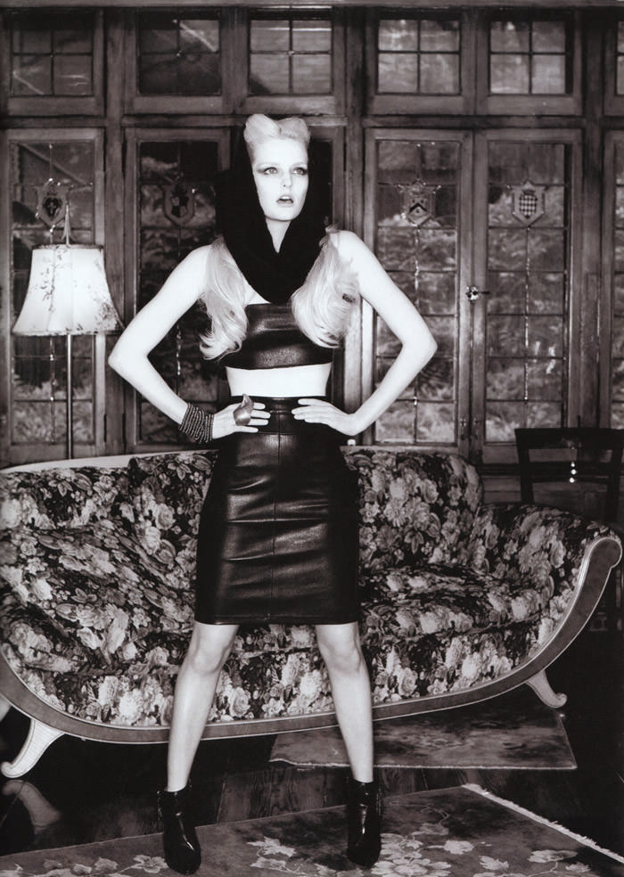 """Lydia Hearst photographed by Tim Zaragoza in """"Constant Reminder"""" for S Magazine, Spring 2010 4"""