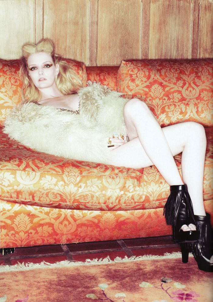 """Lydia Hearst photographed by Tim Zaragoza in """"Constant Reminder"""" for S Magazine, Spring 2010 7"""