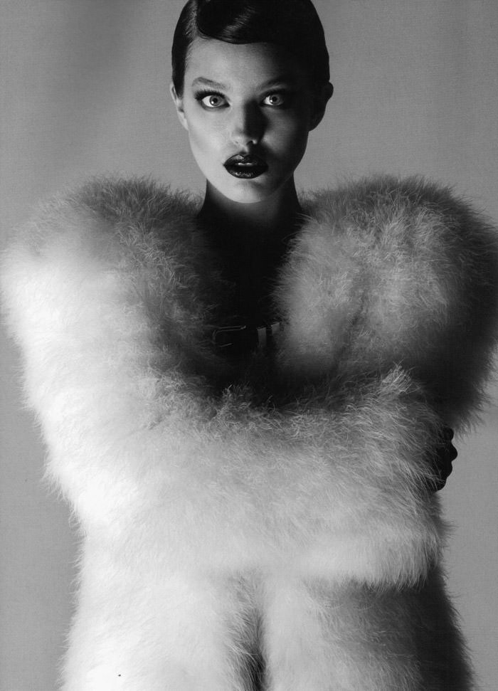 """Emily Didonato photographed by Anthony Maule in """"Hypnose"""" for Numéro #115 1"""