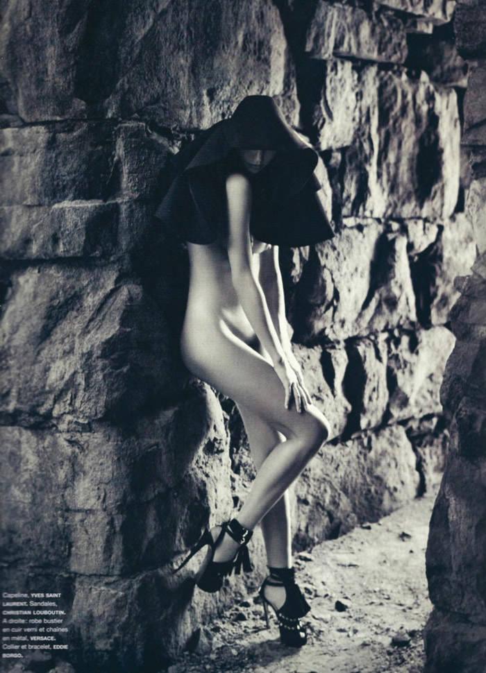 "Miranda Kerr photographed by Sebastian Kim in ""Messe Noire"" for Numéro #115 3"