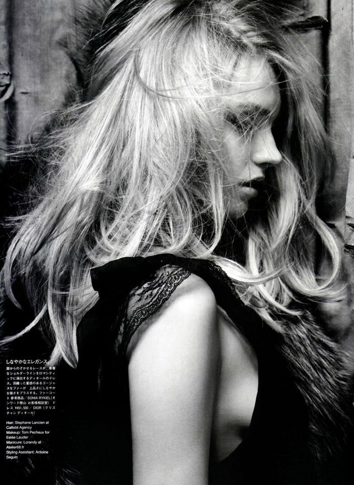 """Anna Maria Jagodzinska photographed by Hedi Slimane in """"Soft Machine"""" for Vogue Nippon, August 2010 7"""