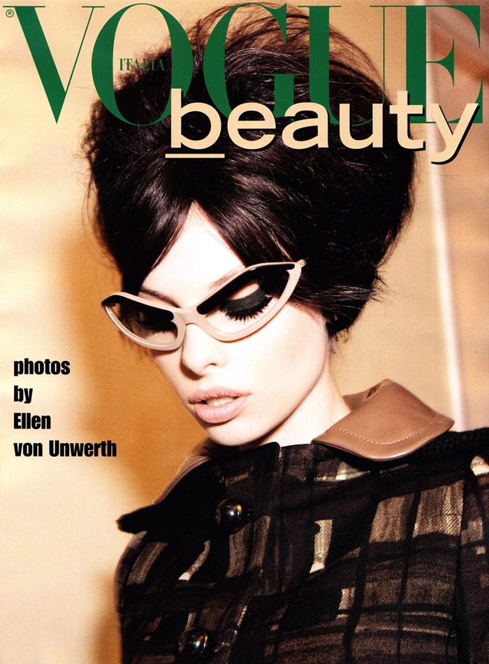 Dioni Tabbers photographed by Ellen Von Unwerth for Vogue Italia, July 2010 1