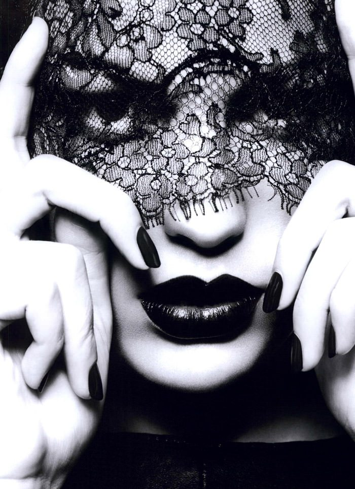 """Cameron Russell photographed by Ben Hassett in """"Equinoxe"""" for Numéro #117, October 2010 4"""