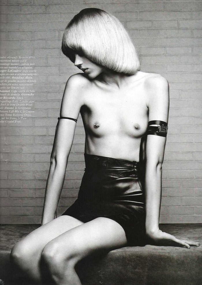 "Freja Beha Erichsen photographed by Hedi Slimane in ""Temps libre"" for Vogue Paris, November 2010 7"