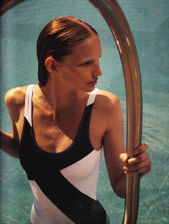 """Katrin Thormann photographed by Blaise Reutersward in """"Salz auf unserer Haut"""" for Vogue Deutschland, November 2010 9"""