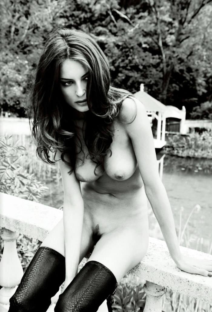 """Réka Ebergényi photographed by István Lábady in """"Flesh Of The Orchid"""" for The Room Magazine, Fall & Winter 2010 / 2011 7"""