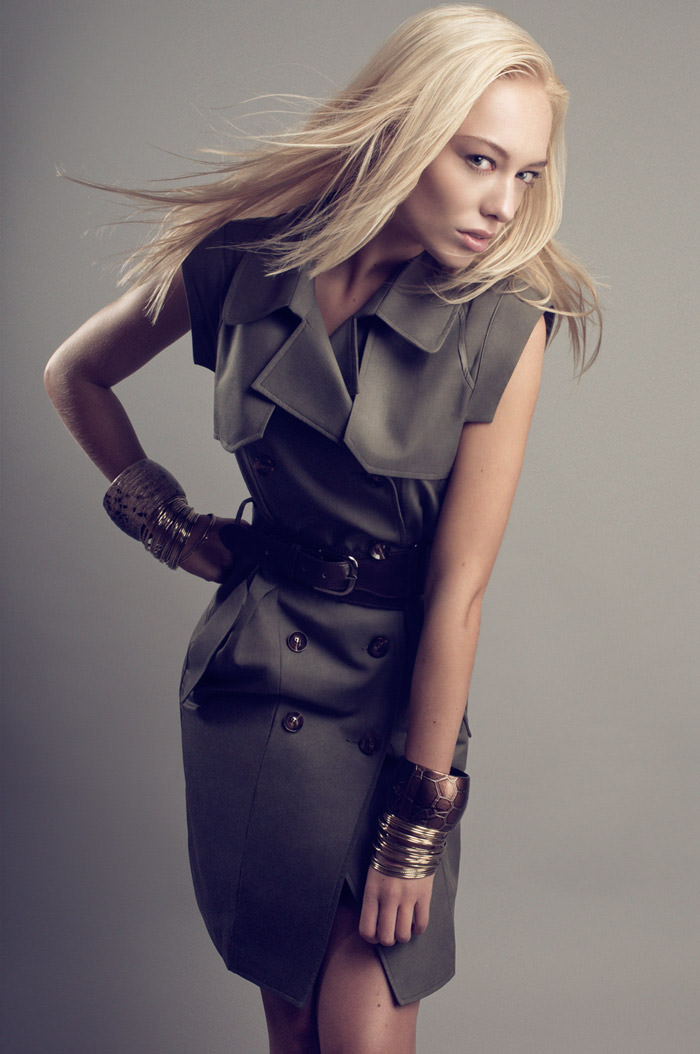 "Chloe Corbeau photographed by Dennis Veldman in ""Body Language"" 6"