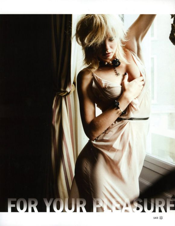 """Dorith Mous photographed by Andy Tan in """"For Your Pleasure"""" for JFK Magazine, December & January 2010 / 2011 1"""