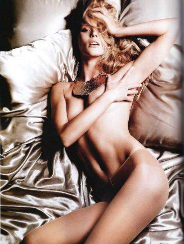 Anne Vyalitsyna photographed by Yu Tsai for Tush, Spring 2011 3