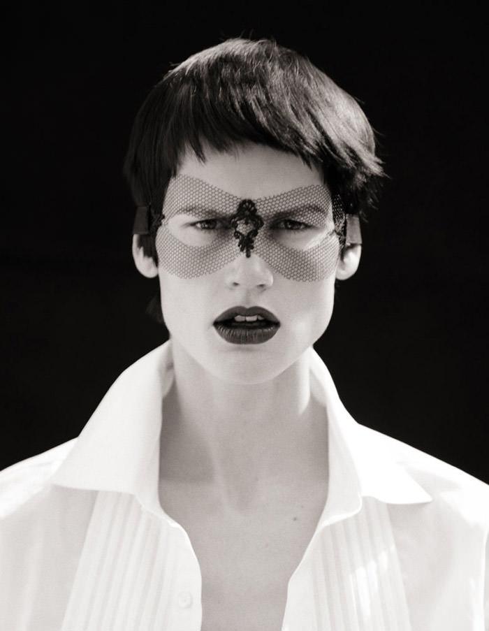 Saskia de Brauw photographed by Matthew Brookes for M Le Monde 7