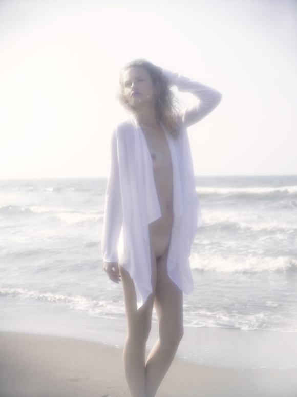 "Yana Serzhantova photographed by Pino Leone in ""Dream On"" for Bambi Magazine 4"