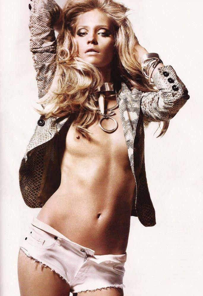 """Heidi Mount photographed by Jason Kibbler in """"Serpent's Kiss"""" for Harper's Bazaar UK, June 2011"""