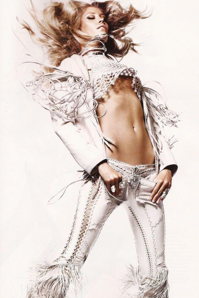 """Heidi Mount photographed by Jason Kibbler in """"Serpent's Kiss"""" for Harper's Bazaar UK, June 2011 5"""