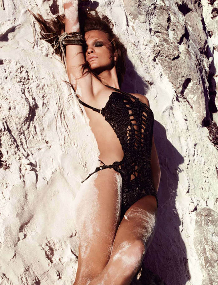 """Regina Feoktistova photographed by David Roemer in """"New Age"""" for Marie Claire España, July 2011 12"""