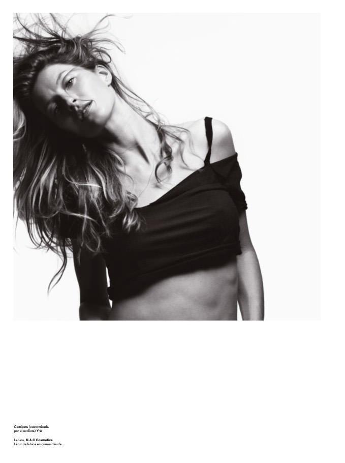 "Gisele Bündchen photographed by Hedi Slimane in ""Yo Soy Gisele"" for V España #9, Summer 2011 7"