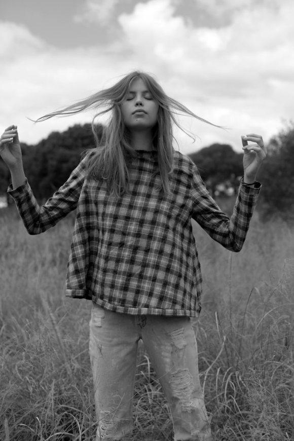 Chloe Worthington by Natalia Parsonson