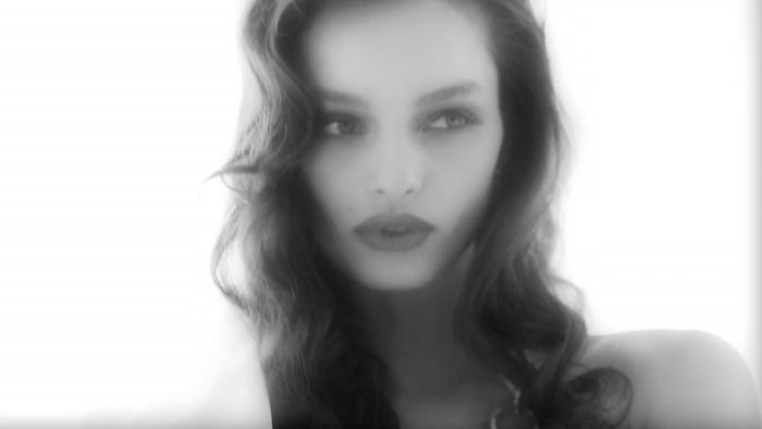 Luma Grothe by Ellen von Unwerth for Vogue Brasil 1