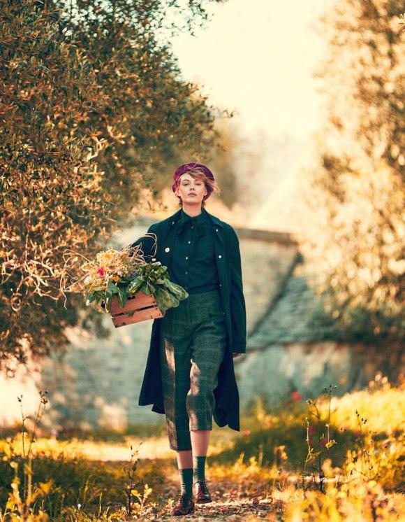 Frida Gustavsson by Andreas Sjodin for Elle Sweden