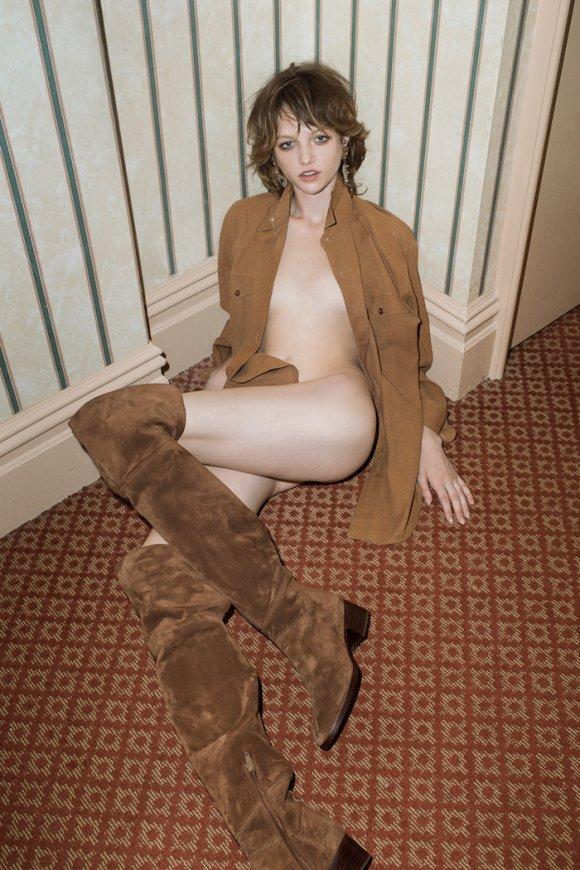 Lindsey Byard by Mario Zanaria for Stalker by S Magazine