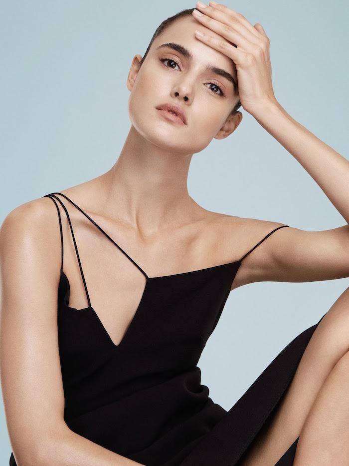 Blanca Padilla by Alvaro Beamud Cortes for Vogue Mexico