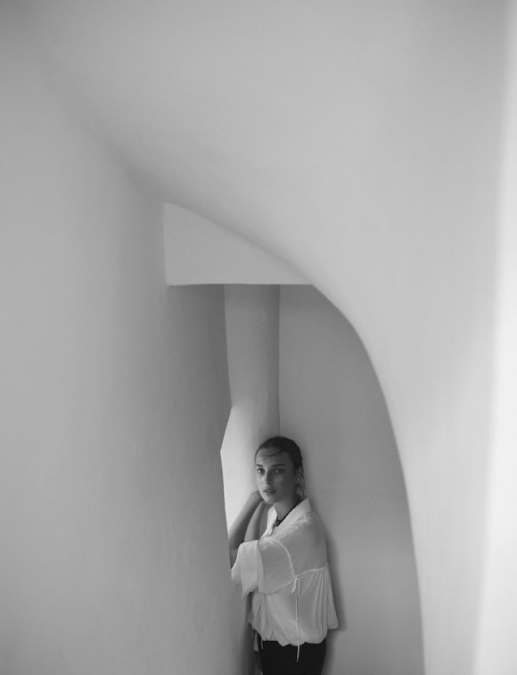 Julia Bergshoeff by Annemarieke Van Drimmelen for Vogue Netherlands